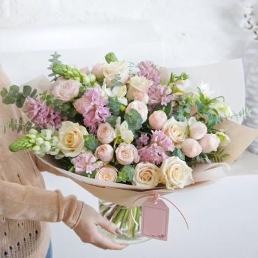 Букет из цветов - Воздушный