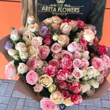 Букет из кустовых роз (микс)