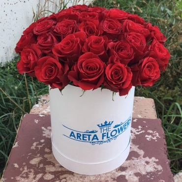Розы в коробке «Подари восторг»