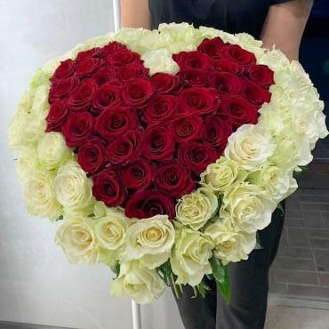 Букет «Сердце» 75 роз
