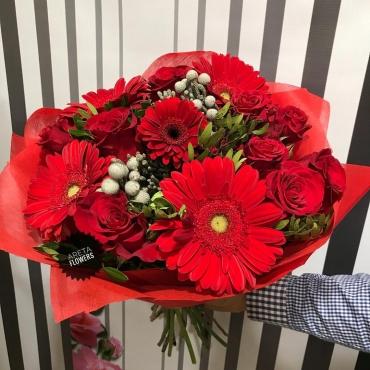 Букет цветов Красное солнце