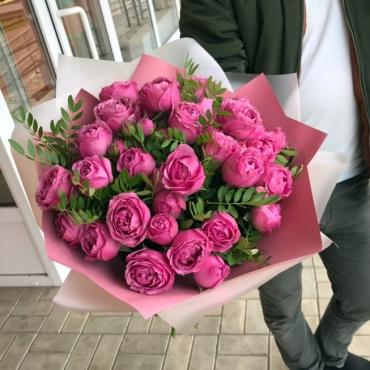 Букет из кустовых роз Мисти Баблс